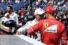 Lauda: még a Mercedes sem ér annyit, hogy Vettel ejtse a Ferrarit