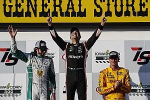 IndyCar Raceverslag IndyCar Iowa: Castroneves zegeviert voor het eerst in drie jaar