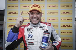 WTCR Qualifying report Portugal WTCR: Huff grabs pole in red-flagged qualifying