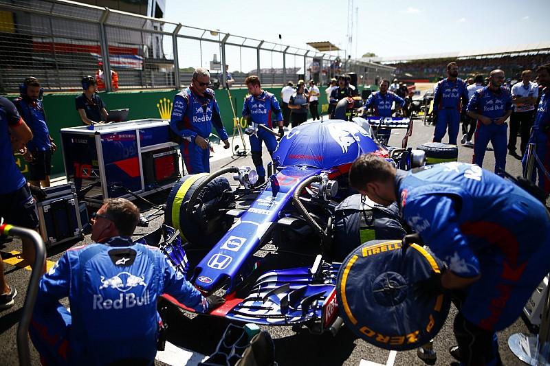 Az F1-es csapatok szerint a gumipaplanok betiltása jót tehet a versenyzésnek