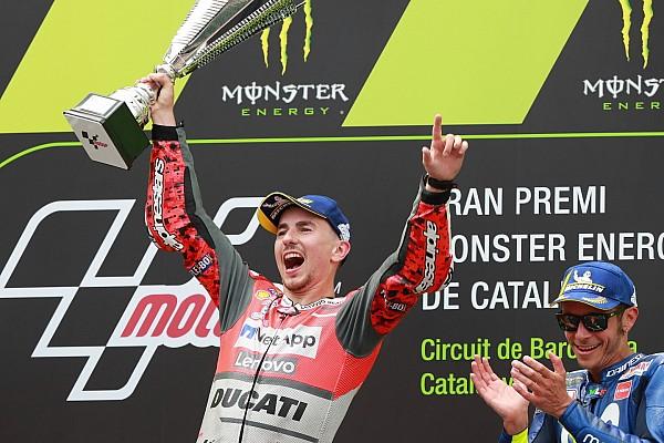 MotoGP レースレポート カタルニア決勝:ロレンソが2季ぶりの連勝! 中上無念の接触リタイア