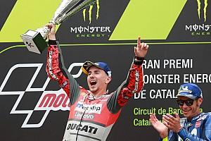 MotoGP Raceverslag Tweede zege op rij voor ontketende Lorenzo in Grand Prix van Catalonië