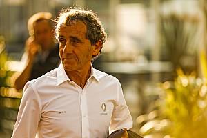 Prost: Renault, Red Bull'la yollarını ayırdığı için üzgün eğil.