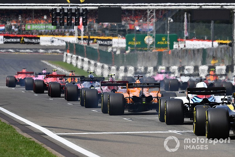 Феттеля назвали гонщиком дня Гран При Бельгии. Вы согласны?