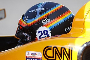 Alonso da a elegir a sus aficionados el casco que usará en la Indy 500 2019