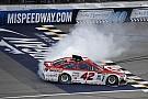 NASCAR Cup NASCAR: Michigan-Hattrick für Kyle Larson nach Killer-Restart