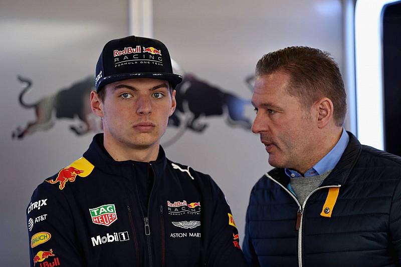 Йос Ферстаппен пожаловался на излишнее внимание СМИ к сыну