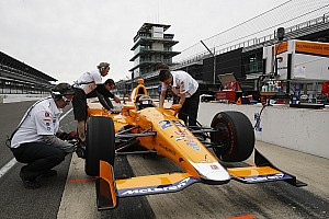 """IndyCar Breaking news De Ferran on Alonso: """"I'll be surprised if there isn't a setback"""""""