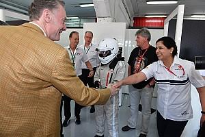 Формула 4 Важливі новини Моніша Кальтенборн повернулася до автоспорту