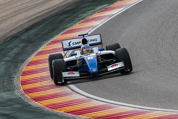 Isaakyan gana tras un toque entre Palou y Fittipaldi en Nürburgring