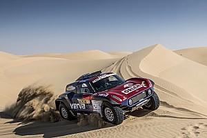 رالي دبي الصحراوي: برزيغونسكي يتوّج بلقبه الثاني في البطولة ومير يحرز لقب الدراجات النارية