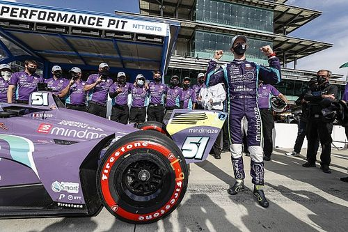 Óriási bravúr: Grosjean a harmadik hétvégéjén pole-t szerzett az IndyCarban!