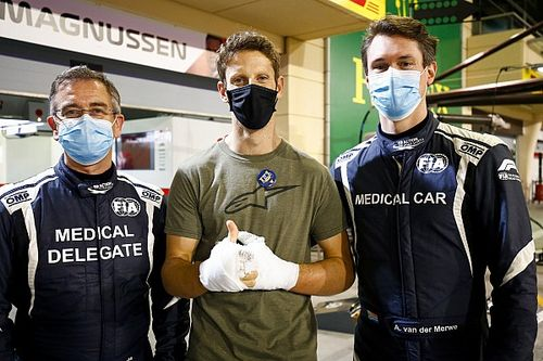 Az időpontváltozás ellenére megtartja a Mercedes Grosjean tesztjét, de…