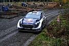 Ogier empieza liderando el Rally de Gales por delante de Latvala