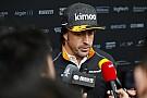 Алонсо позабавили вопросы журналистов об успехах Toro Rosso