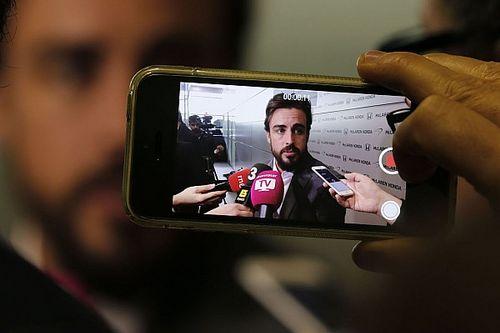Фернандо как икра, Абитубль бьет стулом. Как интернет отреагировал на возвращение Алонсо