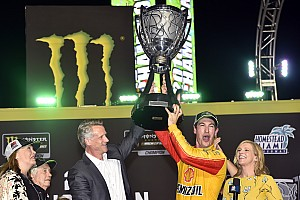 NASCAR: Menangi final four, Logano juara Cup Series