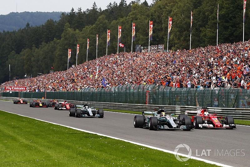 Hamilton: erro no motor ajudou na defesa contra Vettel