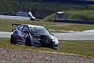 TCR Deutschland Oestreich si impone in una Gara 1 tiratissima ad Oschersleben