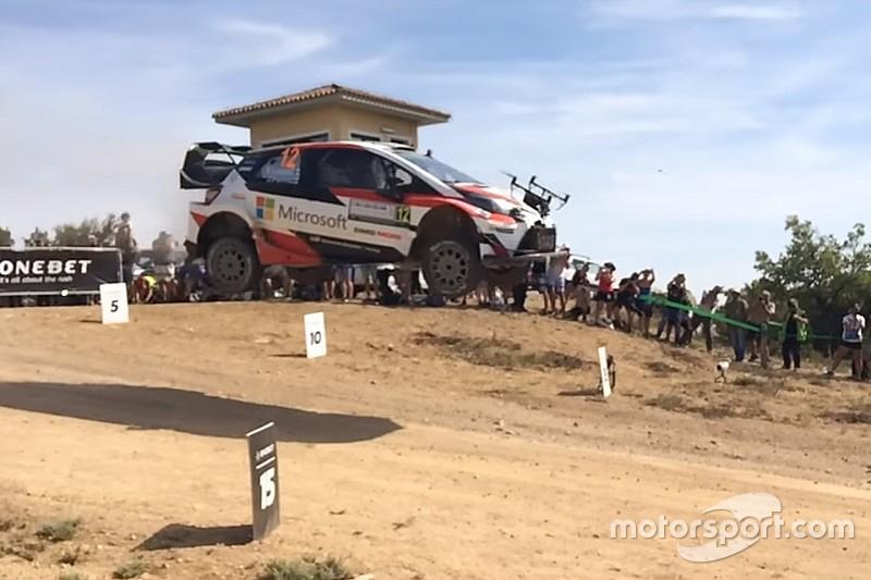 Видео: машина WRC сбила дрон