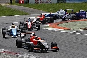 Formula Renault Breaking news Renault Sport Academy to recruit 2017 Eurocup FR2.0 champion