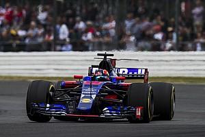 F1 Noticias de última hora Villeneuve cree que Kvyat debe quedarse en casa por su