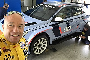 TCR Test Tom Coronel ha provato la Hyundai i30 N TCR a Vallelunga