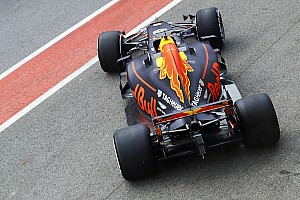 Verstappen over agressievere RB13:
