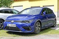 Nuova Volkswagen Golf R, eccola senza camuffature