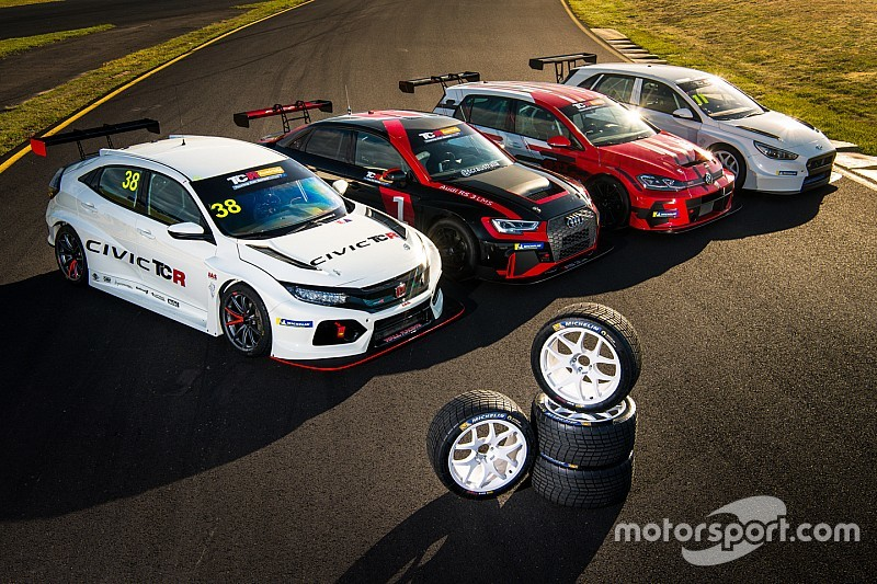 TCR Australia adds privateer cup