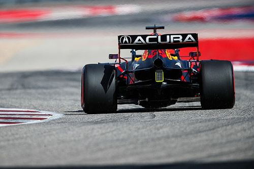 Red Bull unsure of cause of Verstappen's cracked F1 rear wing