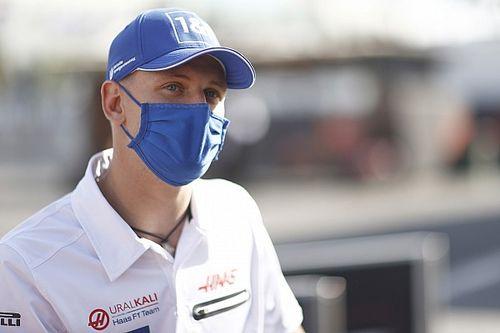 "Schumacher: ""A triplahétvége intenzív lesz, de nem panaszkodom"""