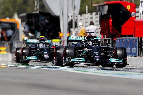 Почему в Mercedes не захотели стартовать на шинах Medium? Гонщики объяснили