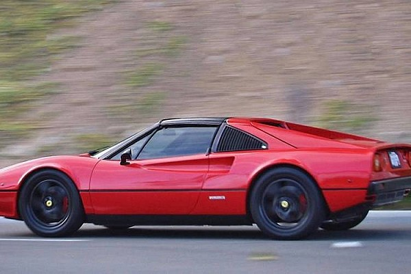 Automotivo Últimas notícias Ferrari confirma que fará esportivo elétrico para superar Tesla