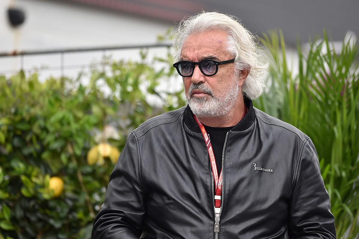 Briatore, şampiyonluk için Hamilton'ı favori görüyor