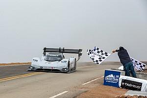 Dumas verpulvert record Pikes Peak met elektrische Volkswagen