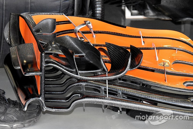 f1-mexican-gp-2017-mclaren-mcl32-front-w