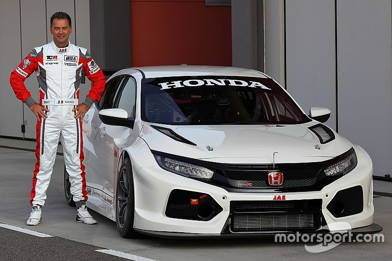 la nouvelle honda civic type r tcr en piste. Black Bedroom Furniture Sets. Home Design Ideas
