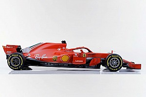 Формула 1 Новость Ferrari показала машину 2018 года. У нее новая ливрея