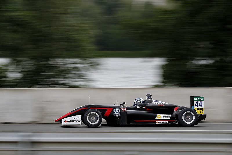 F3 Norisring: Startta büyük kaza yaşandı, Vips kazandı