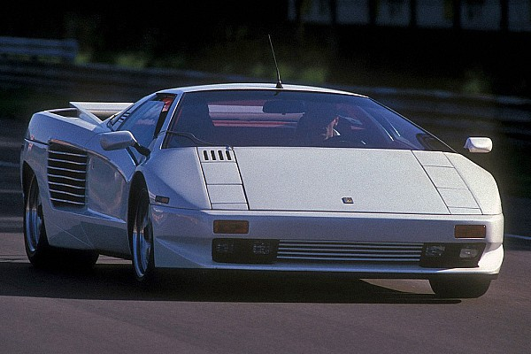 Automotive Breaking news You can still buy a brand new, 27-year old Cizeta V16T supercar