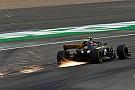 Renault libera más potencia de motor para sus equipos