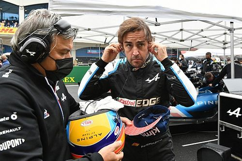 """Webber: Alonso """"még mindig egyfajta varázsló"""" a versenynapokon"""