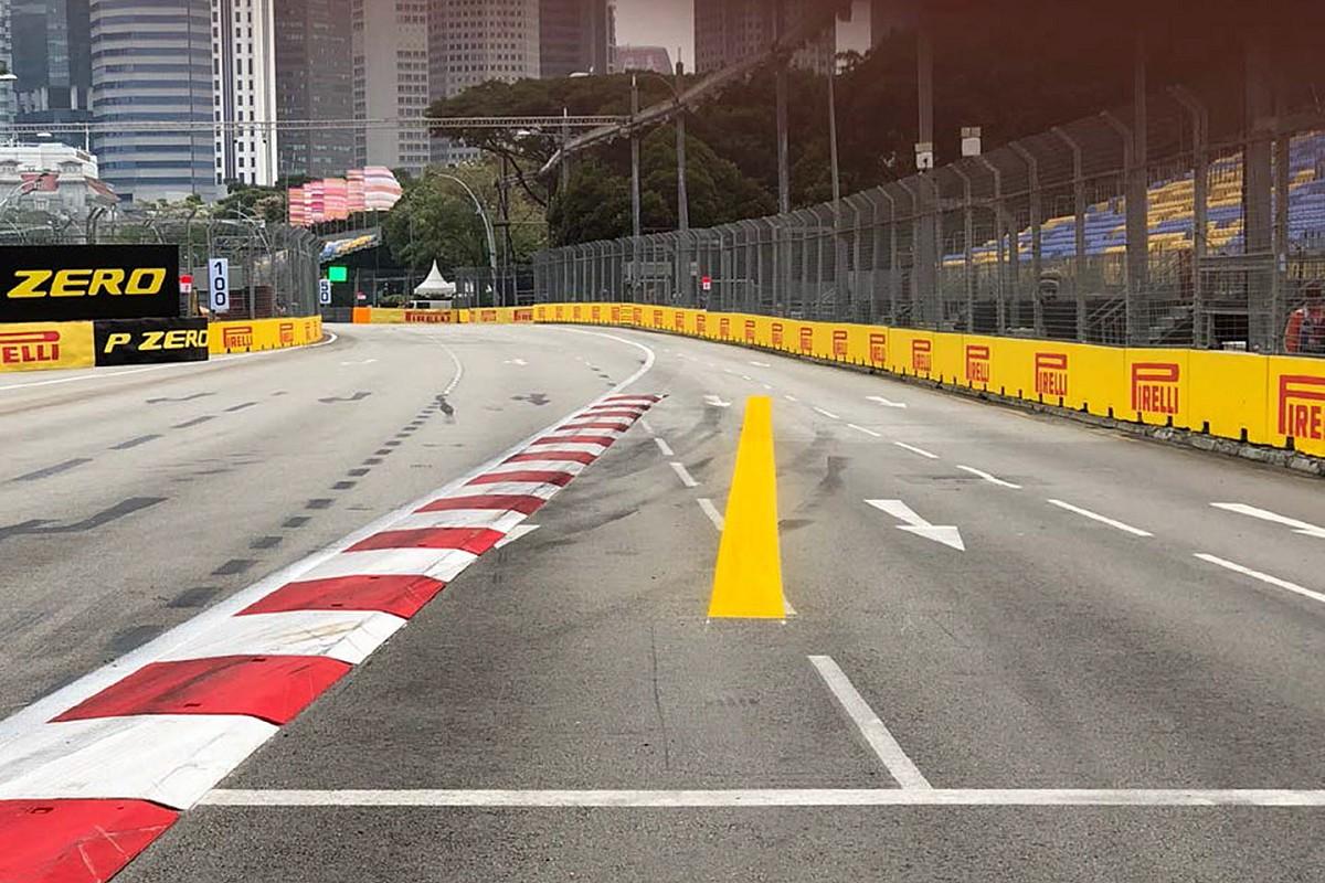 Уайтинг назвал желтую линию в Сингапуре пустой тратой краски