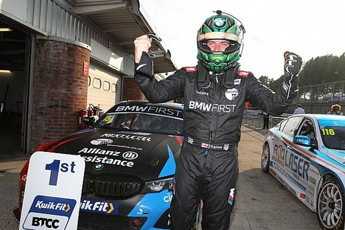Brands Hatch BTCC: Oliphant beats Sutton for maiden win