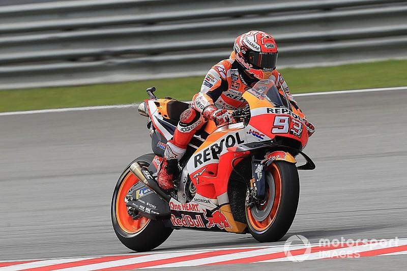 MotoGP, Sepang, Libere 4: Marquez prima della pioggia. Vinales è secondo ma cade