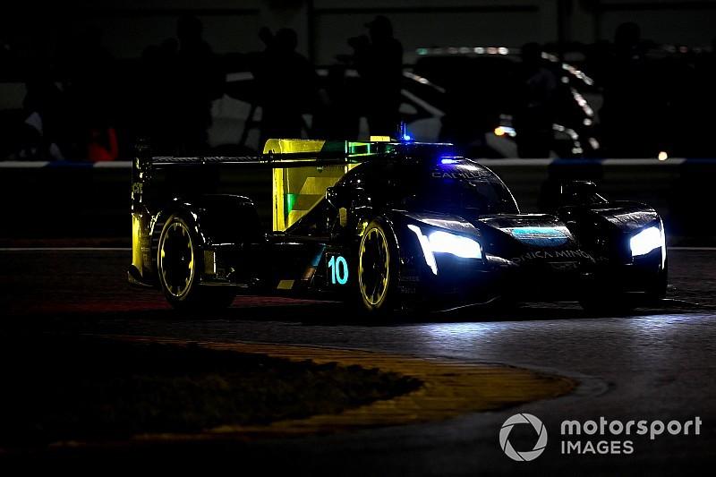Rolex 24, Hour 16: Alonso leads after sensational wet stints