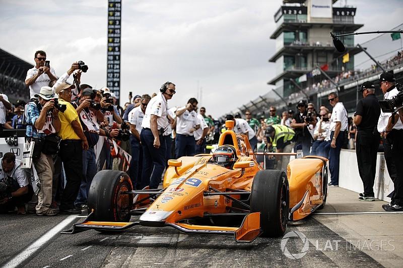 Слухи о McLaren в IndyCar возобновились. Команда их не опровергла