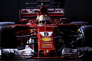 Formula 1 Qualifiche Vettel in pole nella notte di Singapore davanti alle Red Bull!