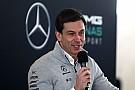 Forma-1 Mercedes: Rosberg és Lowe távozása is lehetőség a fejlődésre